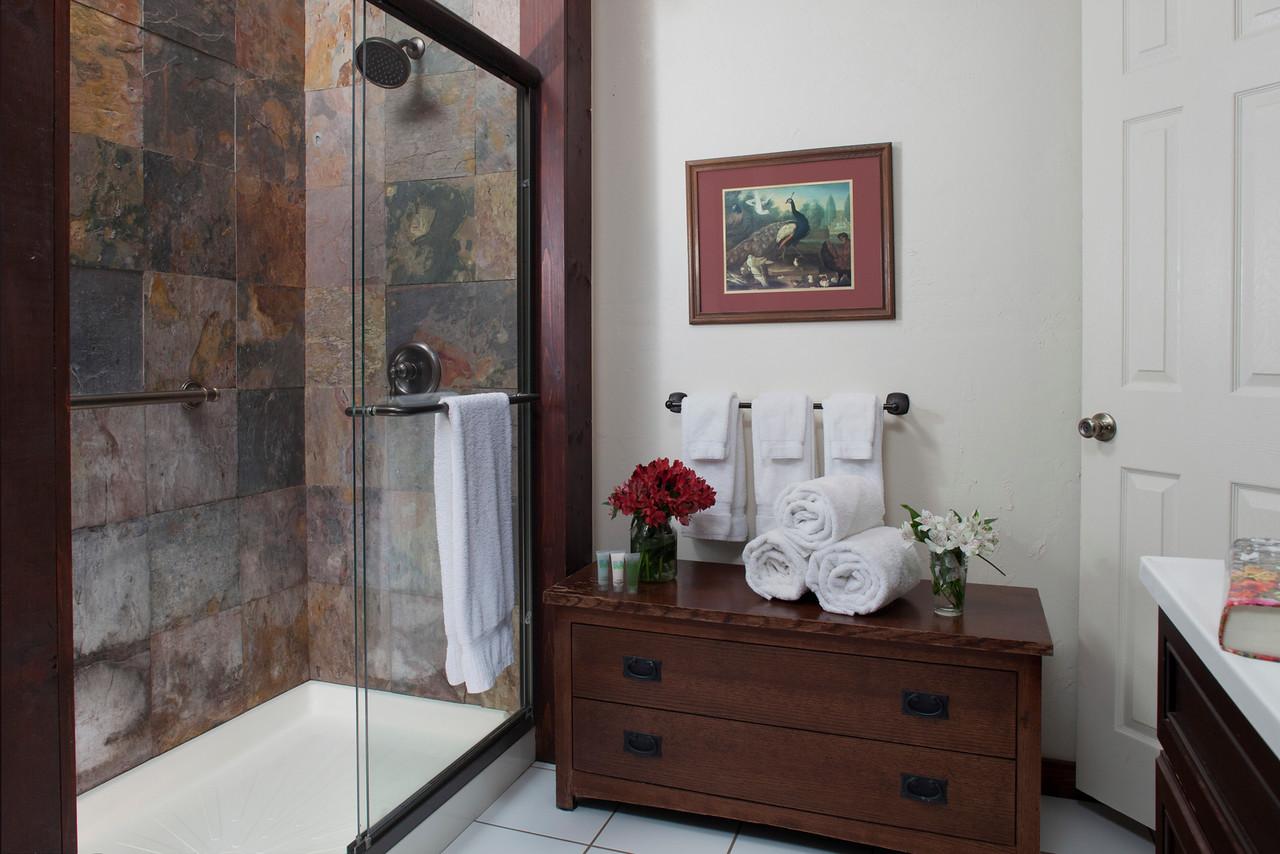Carriage House Redwood bathroom