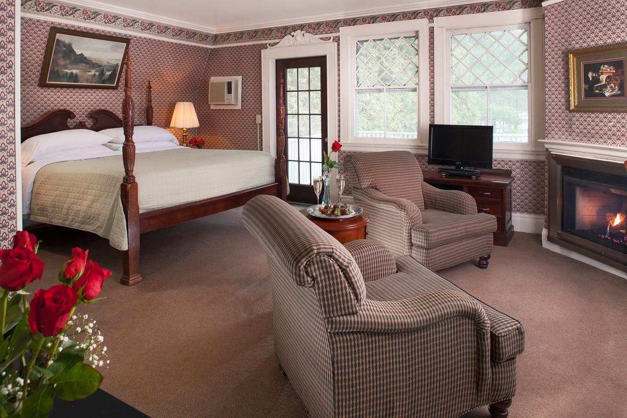 Kingfisher Guestroom