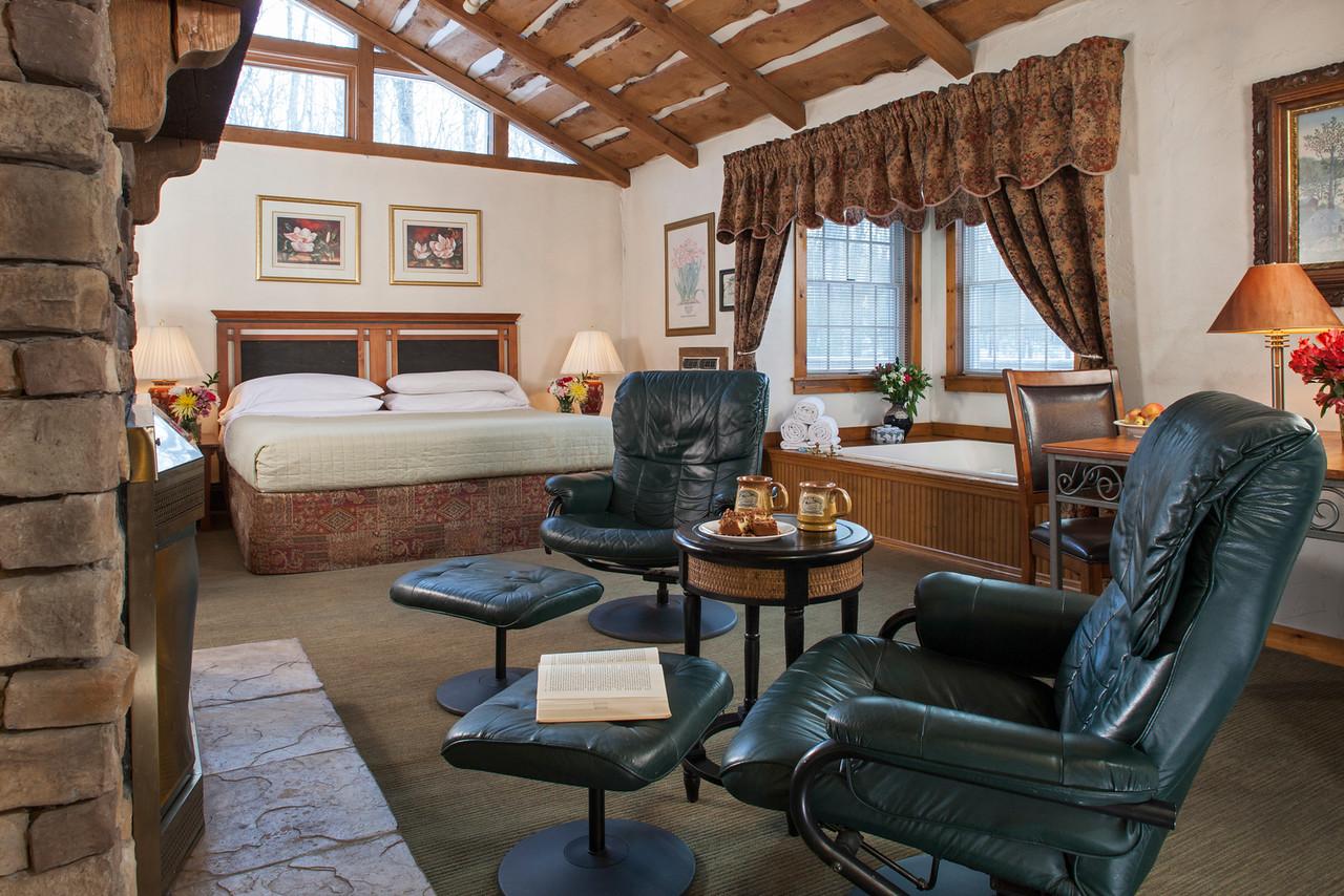 Laurel guestroom
