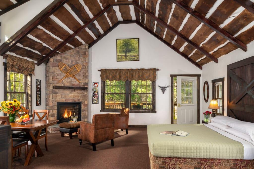 Cedar guestroom