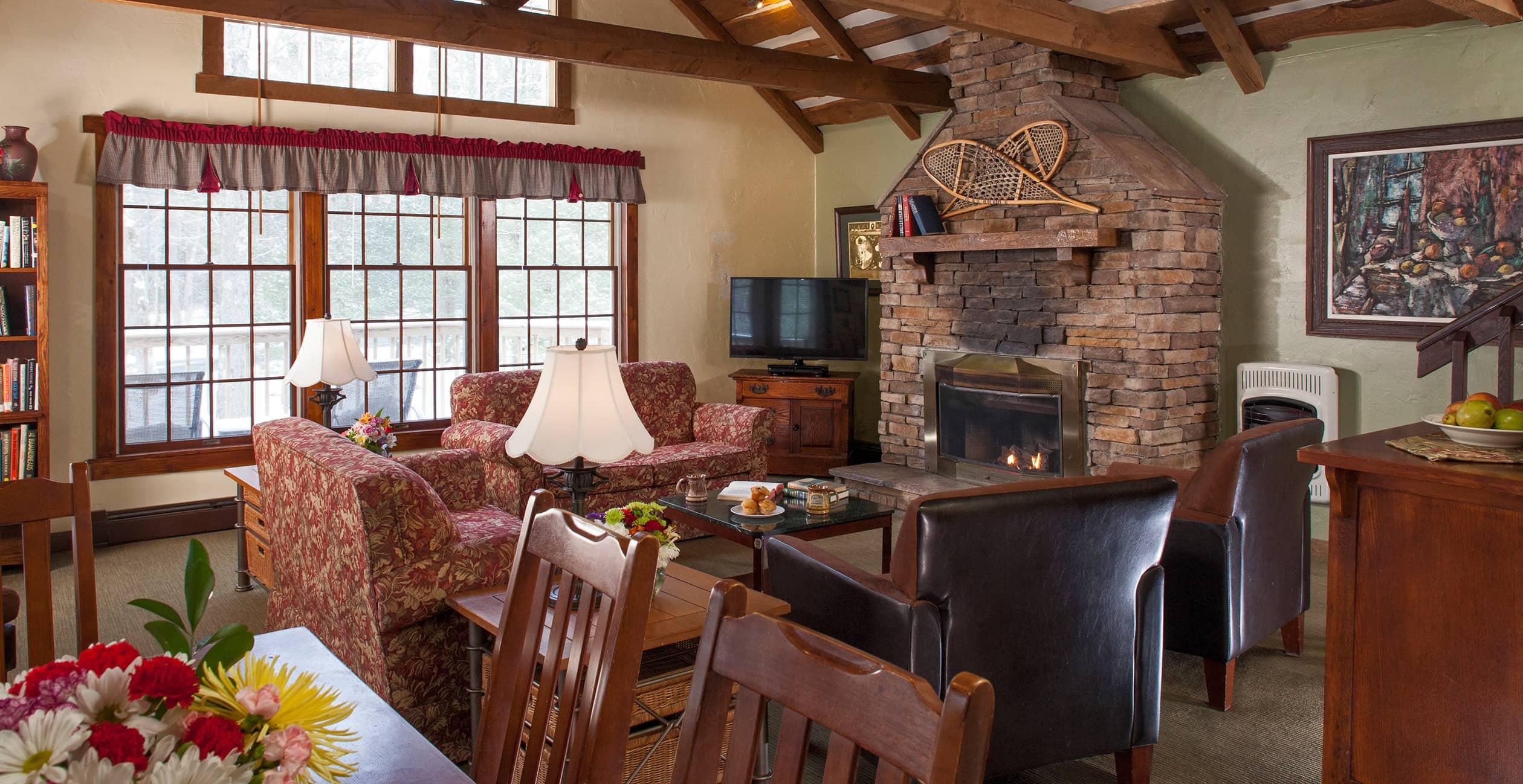 Eagle's Nest Guestroom