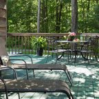 Eagle's Nest Outdoor Patio